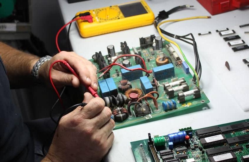 Reparaciones Eléctricas Máquina Jacquard y Telares